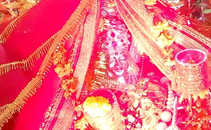 जय माता दुर्गे जय माता तारा हम पापी मानुष को तेरा सहारा~भक्तिगीतकविता